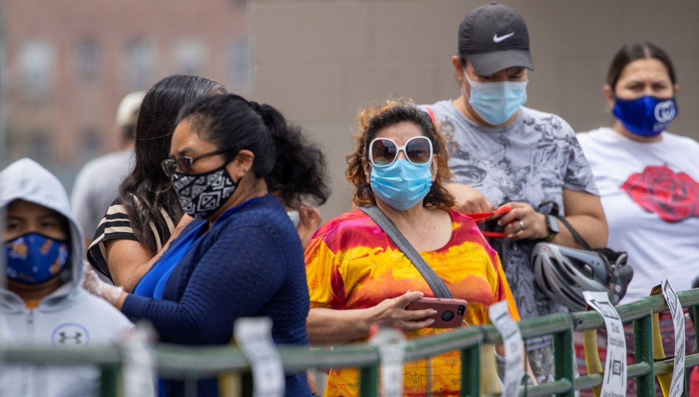 Stany Zjednoczone są najbardziej dotkniętym pandemią krajem na świecie (fot. Mike Blake/Reuters)