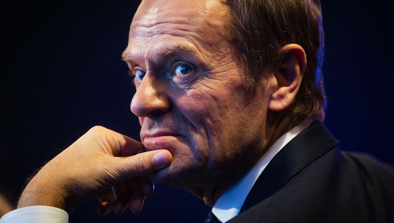 """""""Nie, nie żałuję, że nie wprowadziłem 500 Plus"""" – zapewnia były premier Donald Tusk (fot. Mikhail Palinchak/ Ukrinform / Barcroft Media via Getty Images)"""