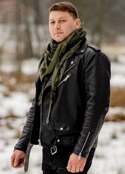 Maciej – 33 lata