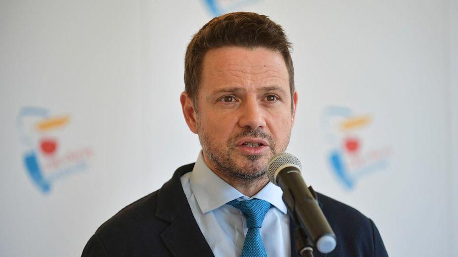 Rafał Trzaskowski nawiązał do starań o przeprowadzenie wyborów w maju (fot. PAP/Marcin Obara)