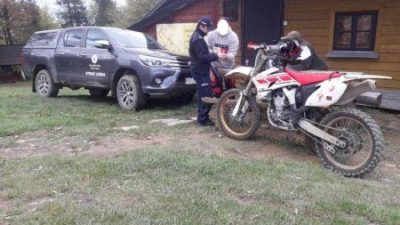Łącznie zatrzymano ośmiu motocyklistów (fot. Nadleśnictwo Nowy Targ)