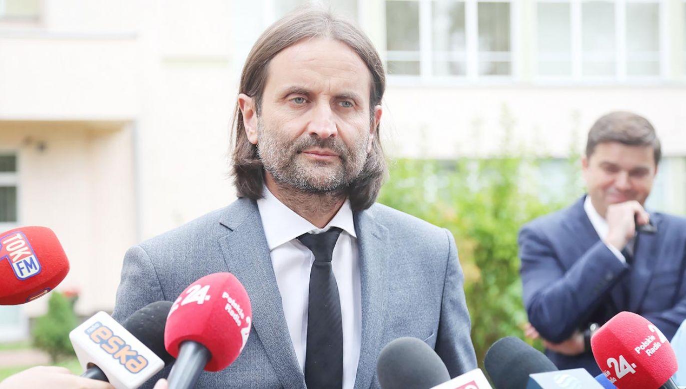 Wiceminister zdrowia Piotr Bromber (fot. PAP/Wojciech Olkuśnik)