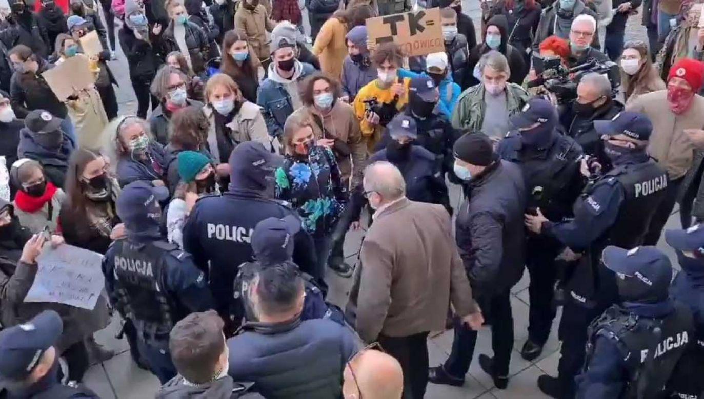 Kościoły stały się celem protestujących zwolenników aborcji (fot. portal tvp.info)