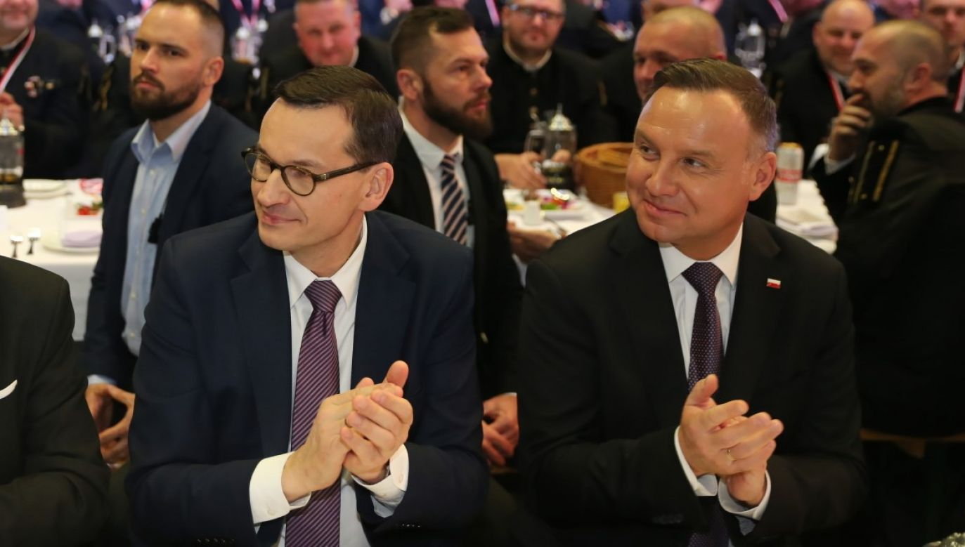 Większość Polaków pozytywnie ocenia działania prezydenta i premiera wobec rosyjskich ataków (fot.PAP/Andrzej Grygiel)