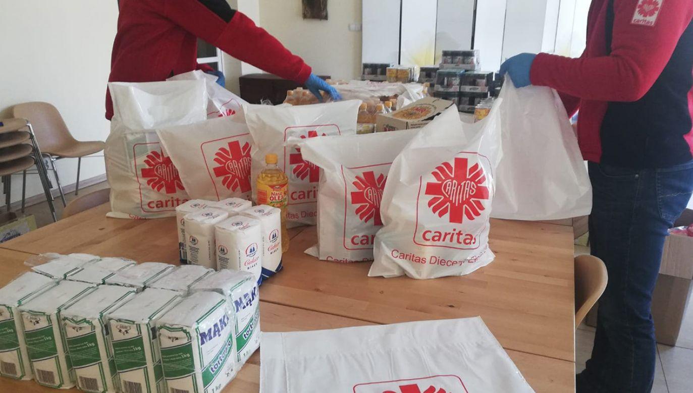 W związku ze stanem epidemii w Polsce Caritas Diecezji Ełckiej uruchomił Centrum Kryzysowe (fot. diecezjaelk.pl)