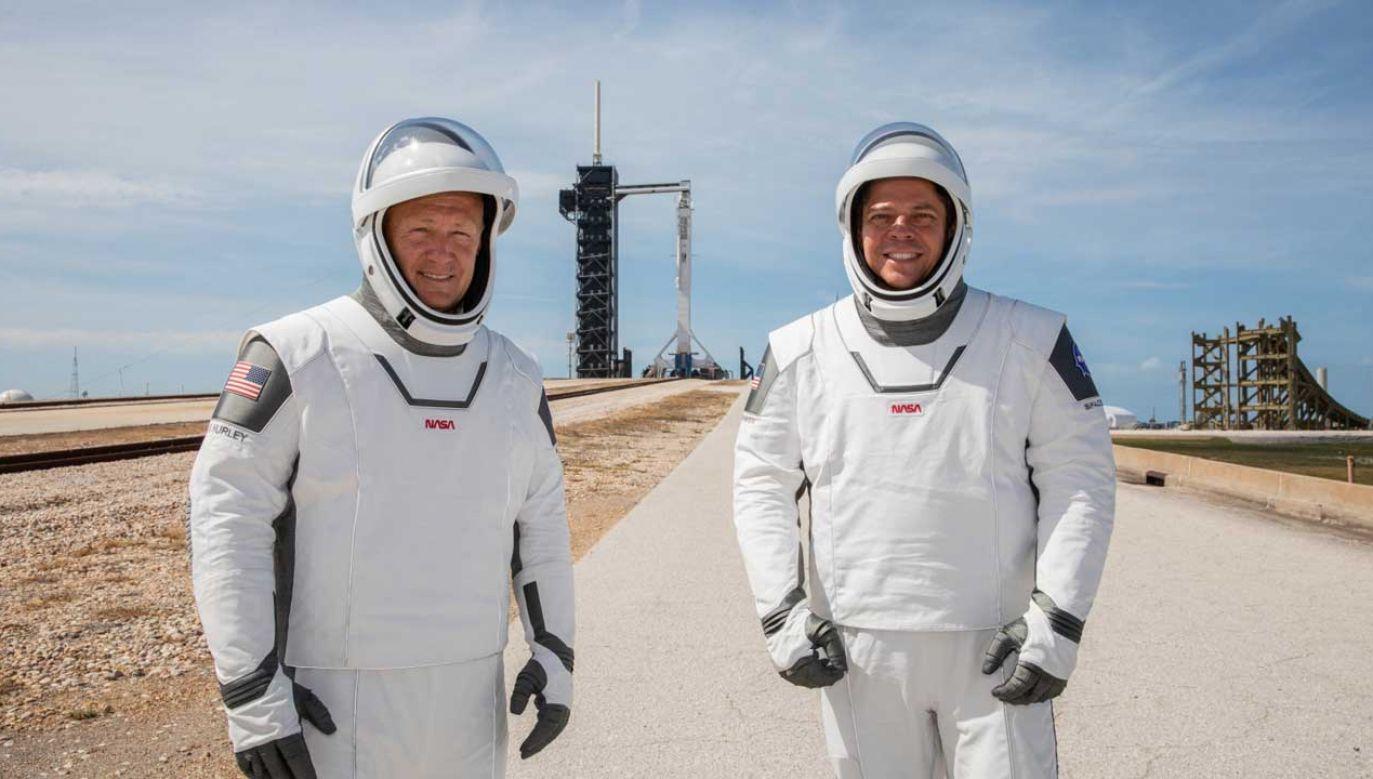 Na pokładzie kapsuły Dragon znajduje się dwóch astronautów: Robert Behnken i Douglas Hurley (fot. PAP/EPA/Kim Shiflett /NASA )