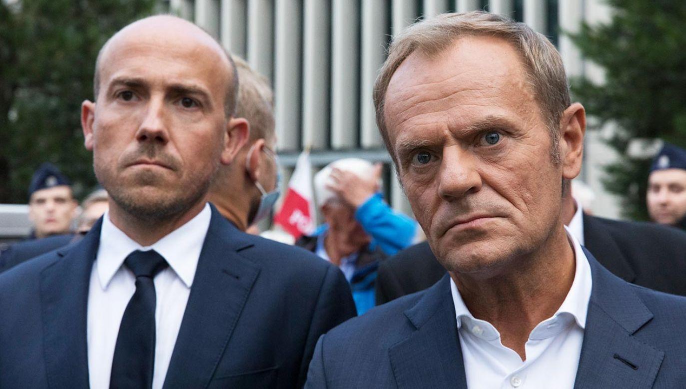 Lider Platformy Obywatelskiej Donald Tusk oraz szef klubu KO Borys Budka (fot. Forum/Wojciech Krynski)