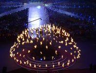 Olimpijski ogień zgasł w efektowny sposób (fot. PAP/EPA)