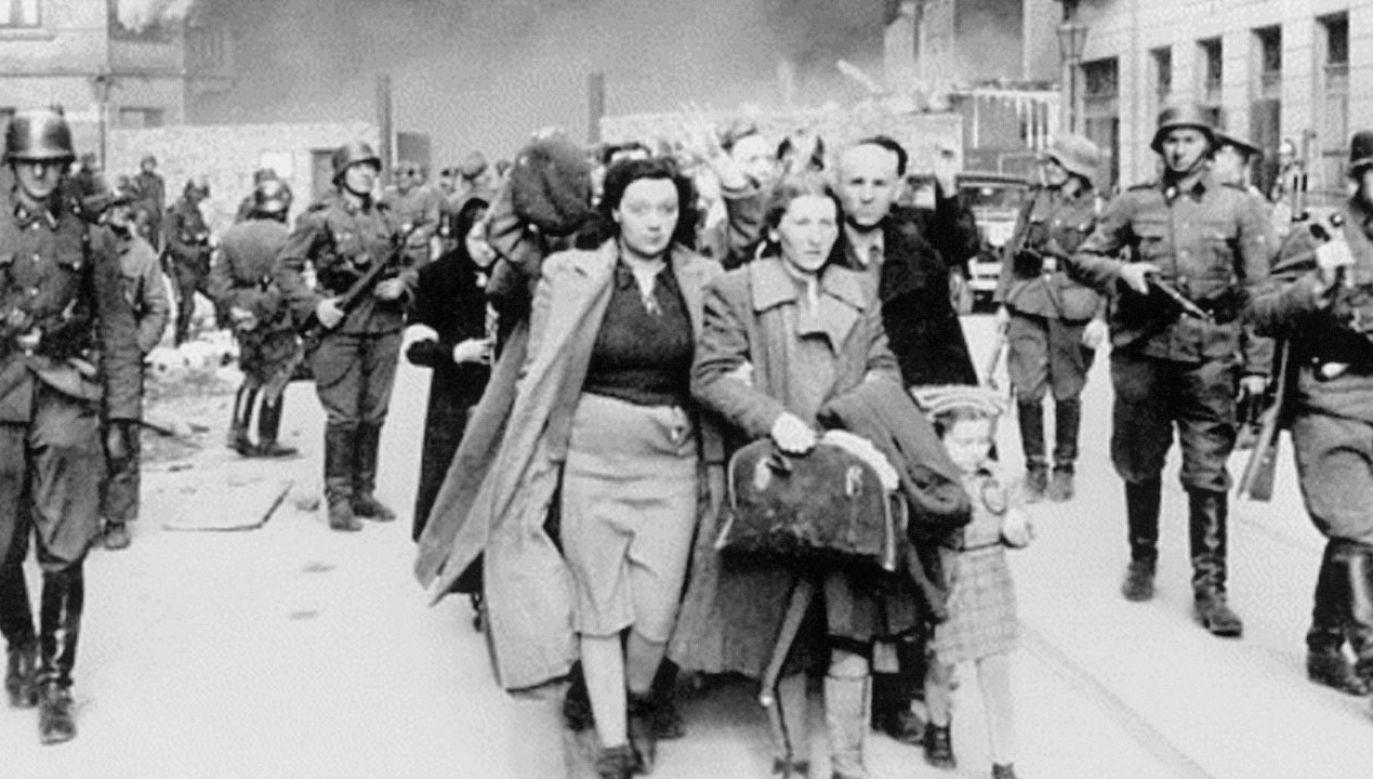 Fałszywe dokumenty trafiały do Żydów, którzy dzięki nim unikali wywózek do niemieckich obozów zagłady(fot. PAP/DPA)