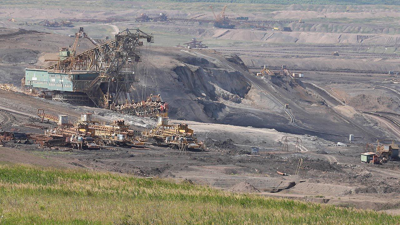 Komisja węglowa zaleciła rezygnację z węgla do 2038 r. (fot. PAP/CTK Photo/Ondrej Hajek)