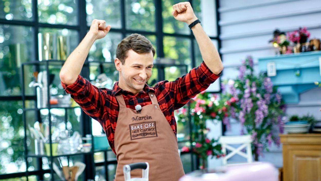 Pierwsze miejsce w tej konkurencji zajął Marcin, jego ciastko ponczowe było pyszne i idealnie nasączone (fot.TVP)