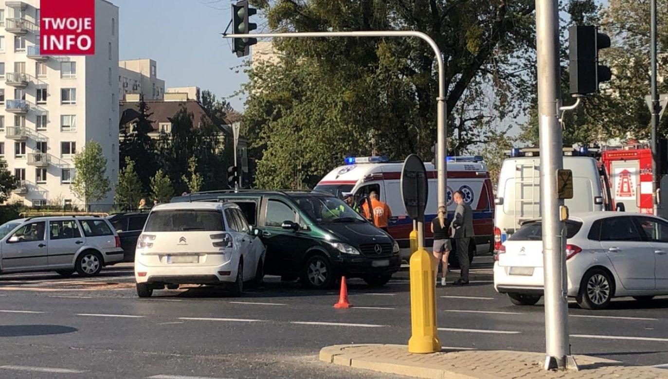 Nikomu nic się nie stało, za kilka minut wszystkie ulice będą przejezdne dla kierowców - poinformowały służby (fot. Twoje Info)