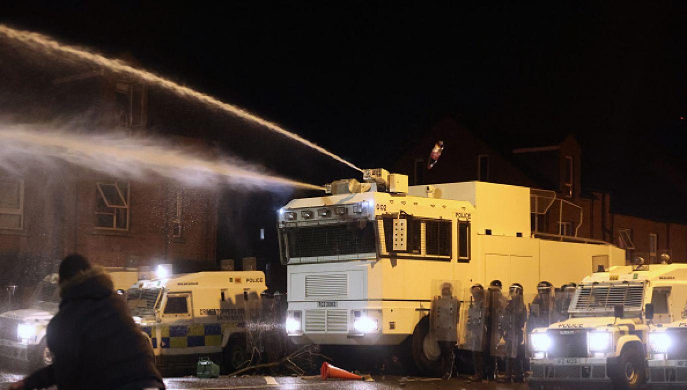 Zamieszki w różnych miastach Irlandii Północnej (fot. Getty Images)