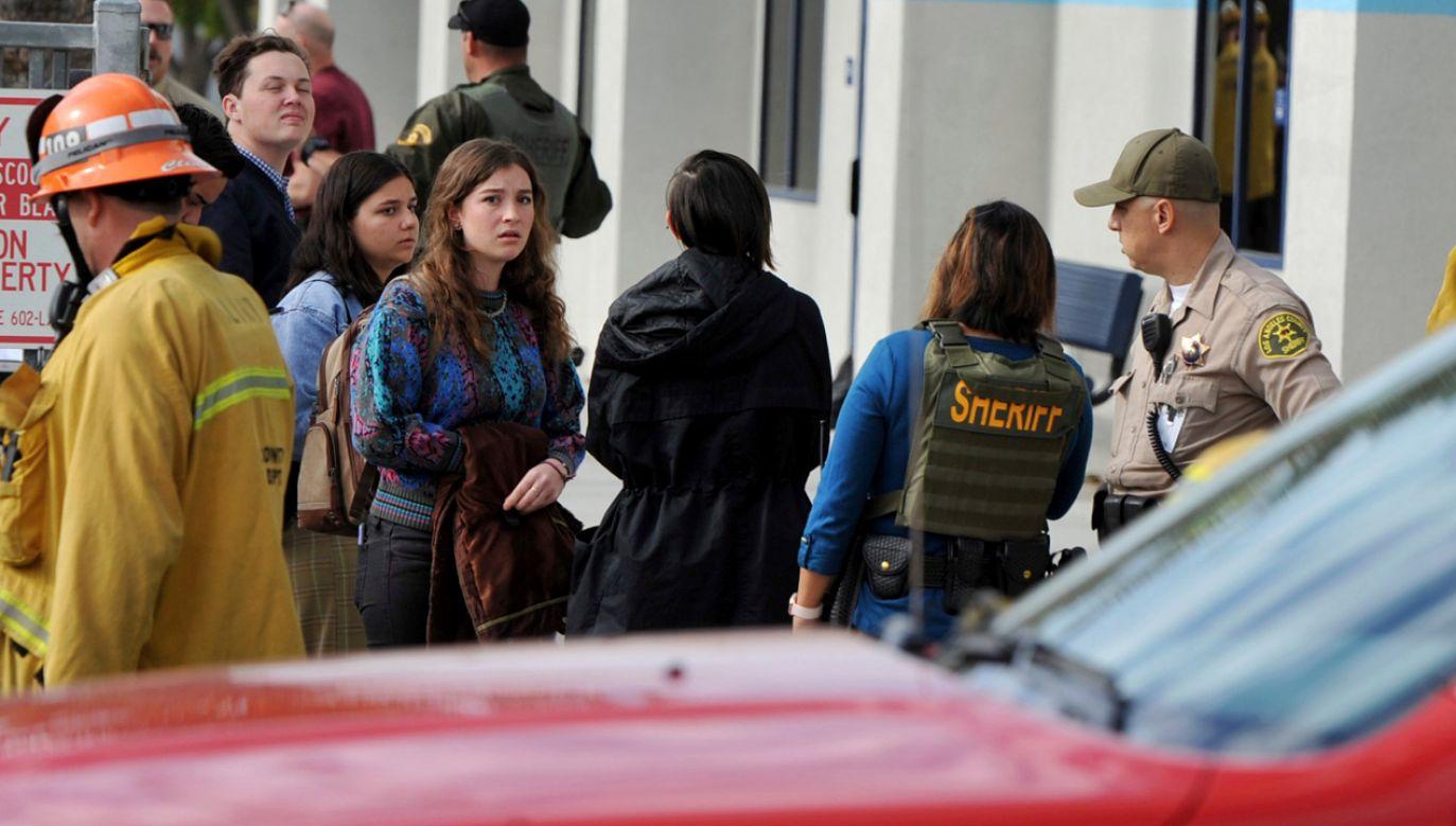 Do strzelaniny w szkole w Kalifornii doszło w czwartek przed rozpoczęciem zajęć (fot. źródło: twitter.com/ajplus)
