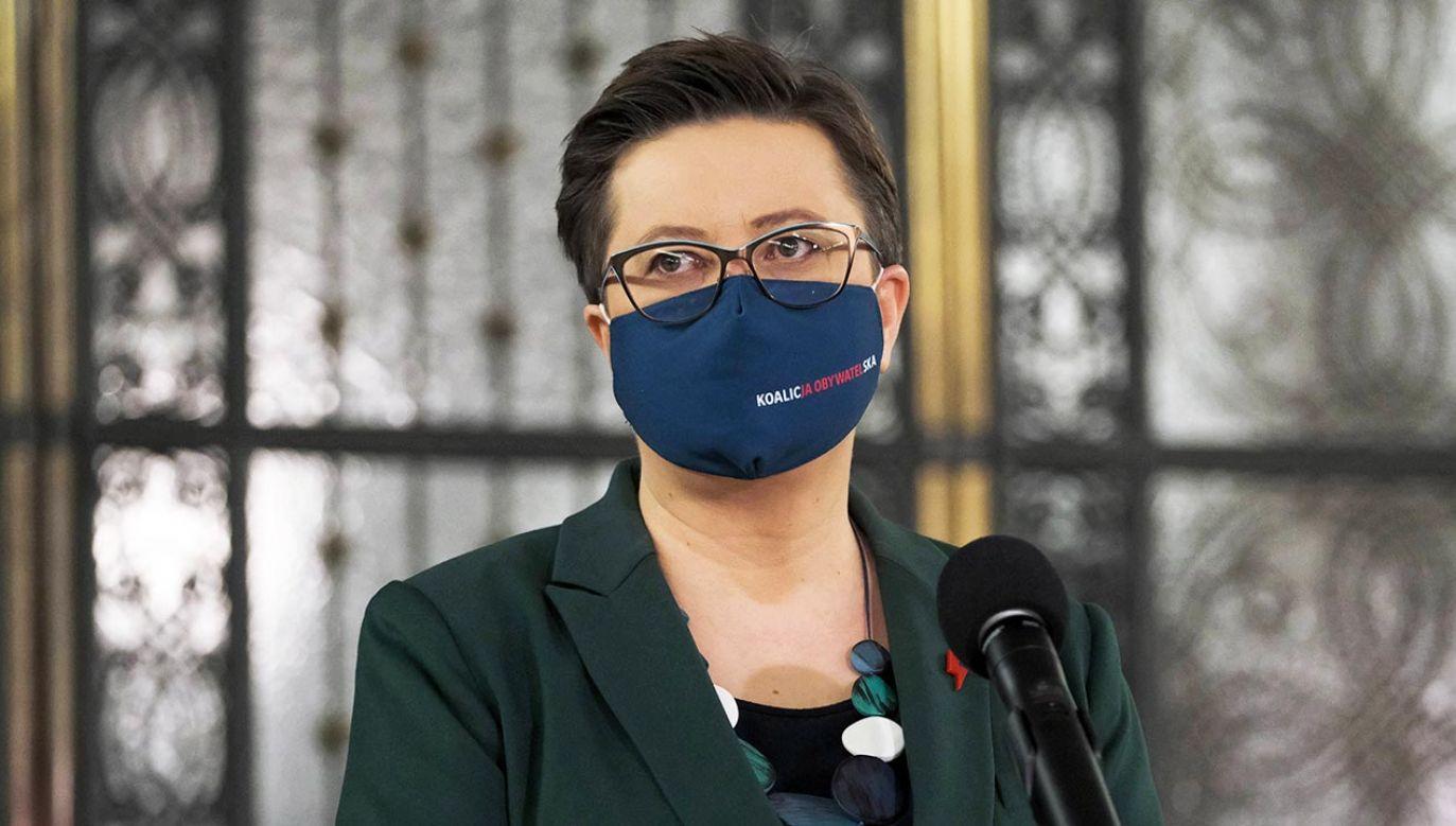 Katarzyna Lubnauer stawia zarzuty TVP i mija sie z faktami (fot. PAP/Mateusz Marek)