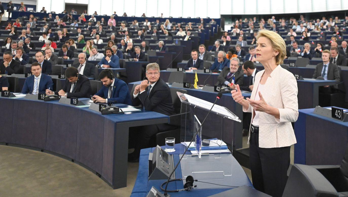Wybrana przez Parlament Europejski na szefową Komisji Europejskiej Ursula von der Leyen (fot. PAP/EPA/PATRICK SEEGER)