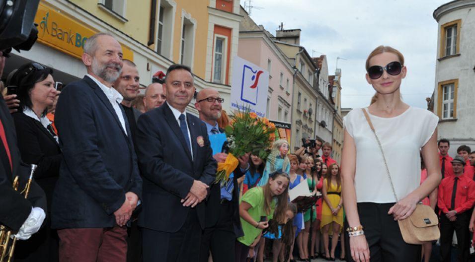 W uroczystości wzięli udział prezes TVP Juliusz Braun i prezydent Opola Krzysztof Kawałko (fot. I. Sobieszczuk/TVP)