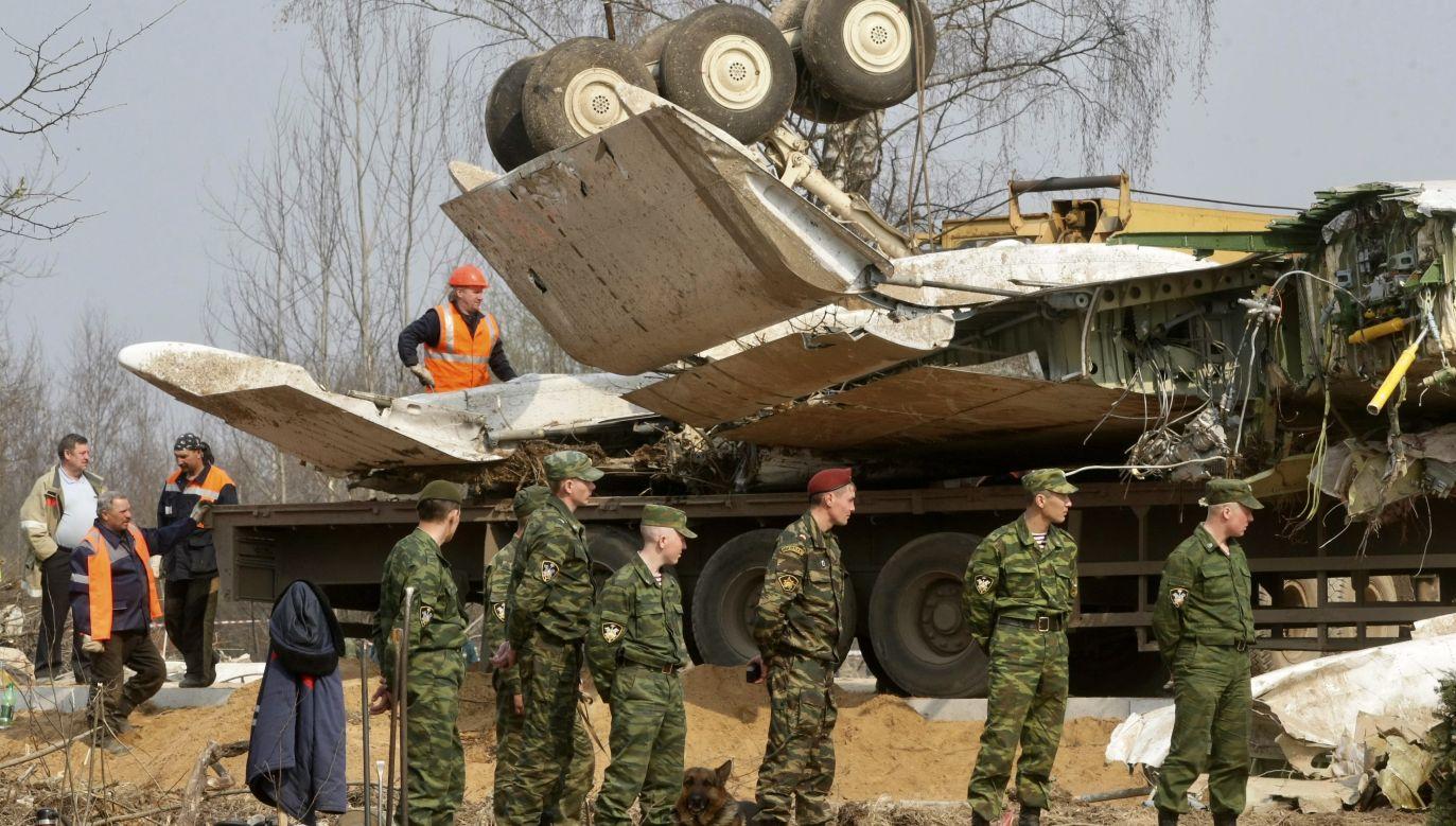 Przypomniał, że miesiąc przed tragedią miała miejsce inna katastrofa pod Moskwą, w której nikt nie zginął (fot. arch.PAP/EPA/SERGEI CHIRIKOV)