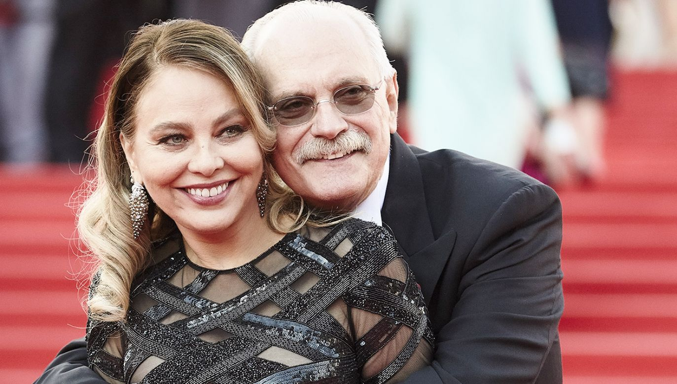 Włoska aktorka Ornella Muti z rosyjskim reżyserem Nikitą Michałkowem (fot. Oleg Nikishin/Epsilon/Getty Images)