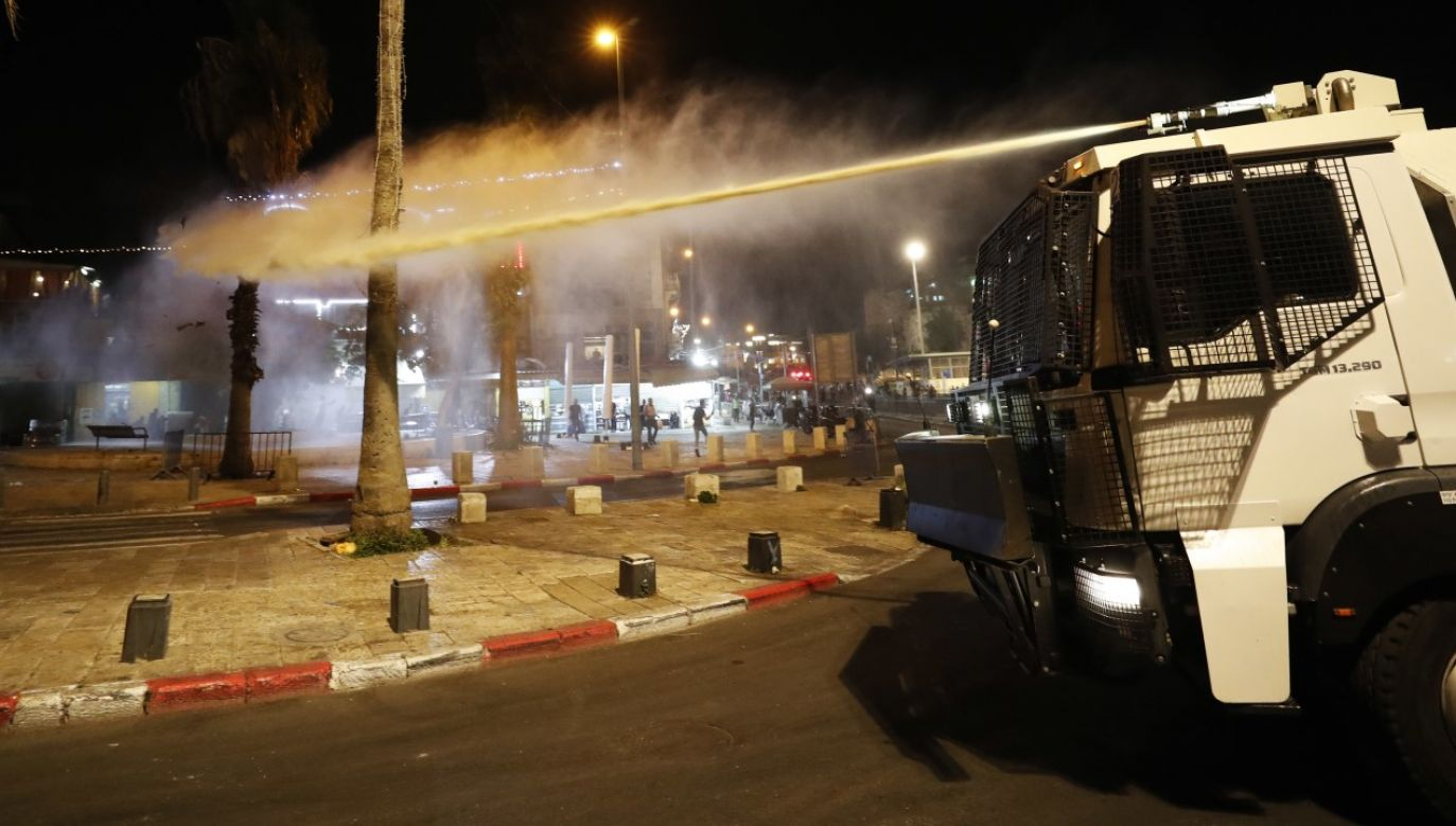 Policja jerozolimska na protestach w mieście (fot. PAP/EPA/ATEF SAFADI)