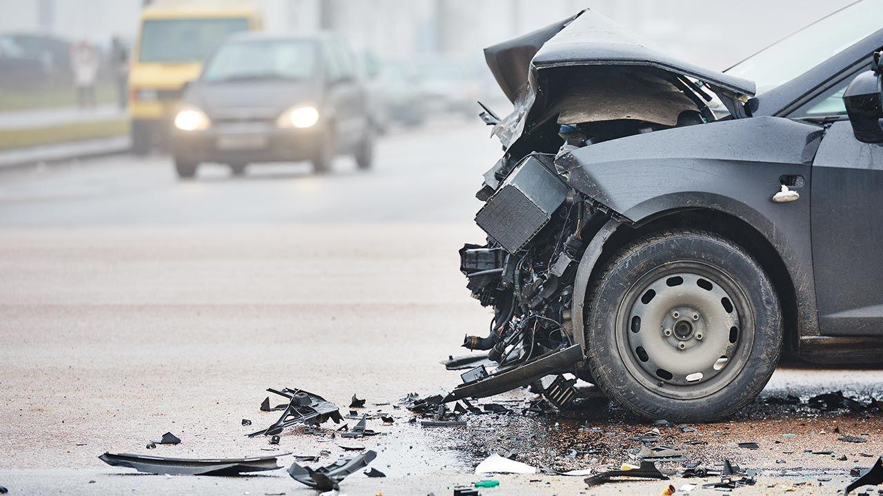 Kierowca miał ponad 1,7 promila alkoholu we krwi (fot. Shutterstock/Dmitry Kalinovsky)