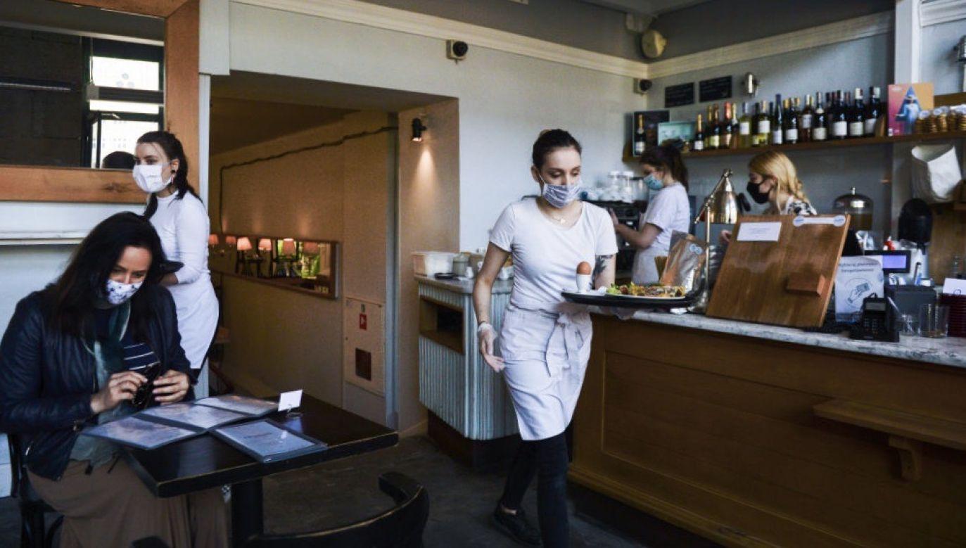 Jak podał w środowym komunikacie BGK, istotnie wzrasta odsetek MŚP, które działają na taką samą skalę, jak przed pandemią lub nawet większą (fot. Omar Marques/Getty Images)