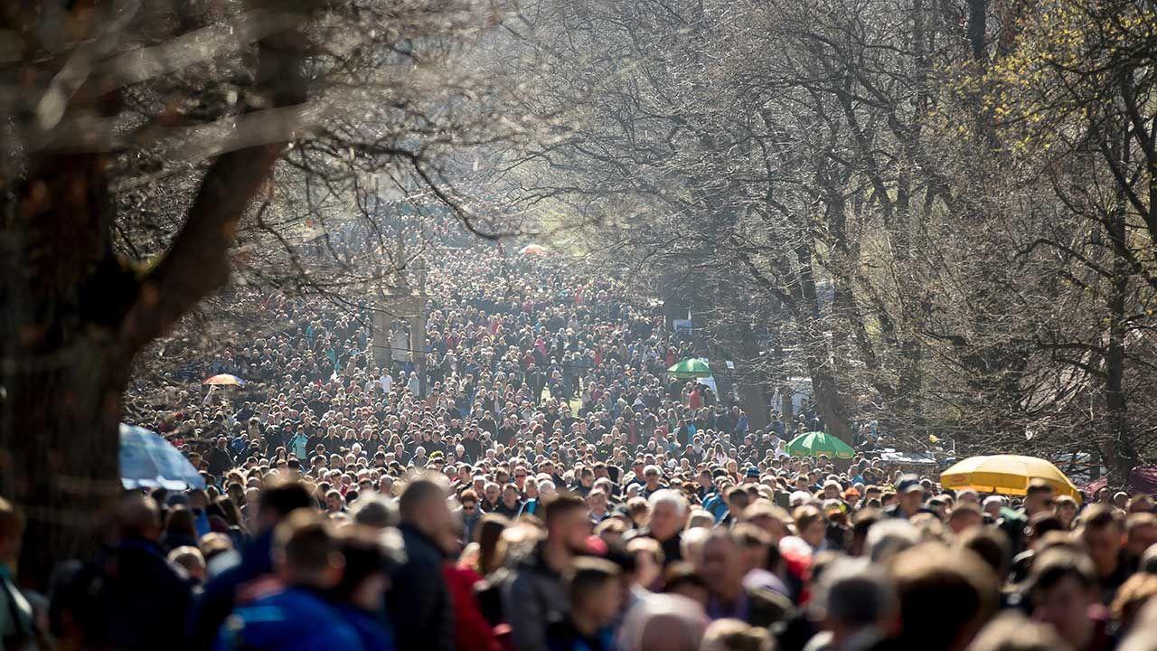 Doroczne Misterium Męki Pańskiej w Wielki Piątek w Kalwarii Zebrzydowskiej (fot. PAP/Łukasz Gągulski)