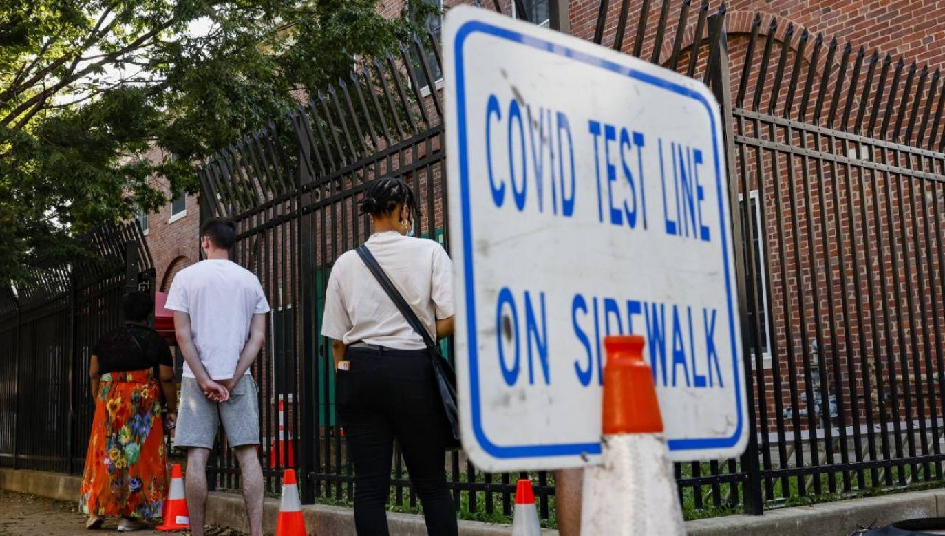 W ciągu ostatniej doby kolejny dzień z rzędu zarejestrowano w Stanach Zjednoczonych ponad 50 tys. zakażeń (fot. PAP/EPA/SAMUEL CORUM)