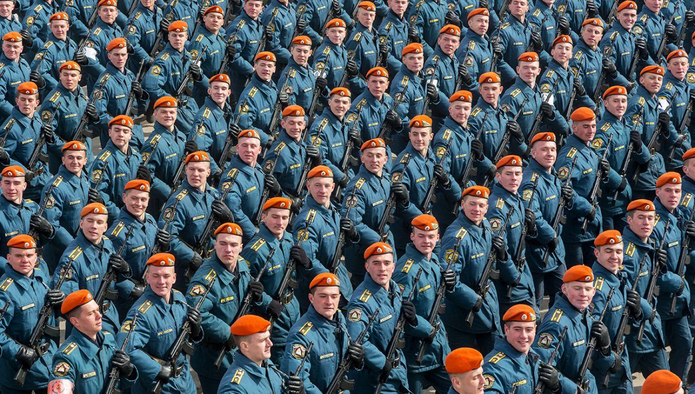 Kwestionują powołanie Żelaznej Dywizji w Siedlcach i podważają sens istnienia NATO (fot. Shutterstock/  Degtyaryov Andrey)