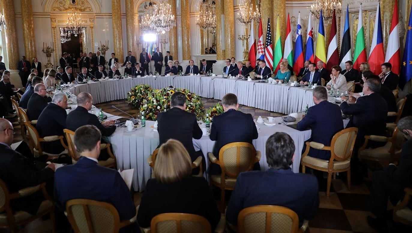 Europa Środkowo-Wschodnia staje się coraz poważniejszym partnerem dla USA (fot. REUTERS/Carlos Barria)