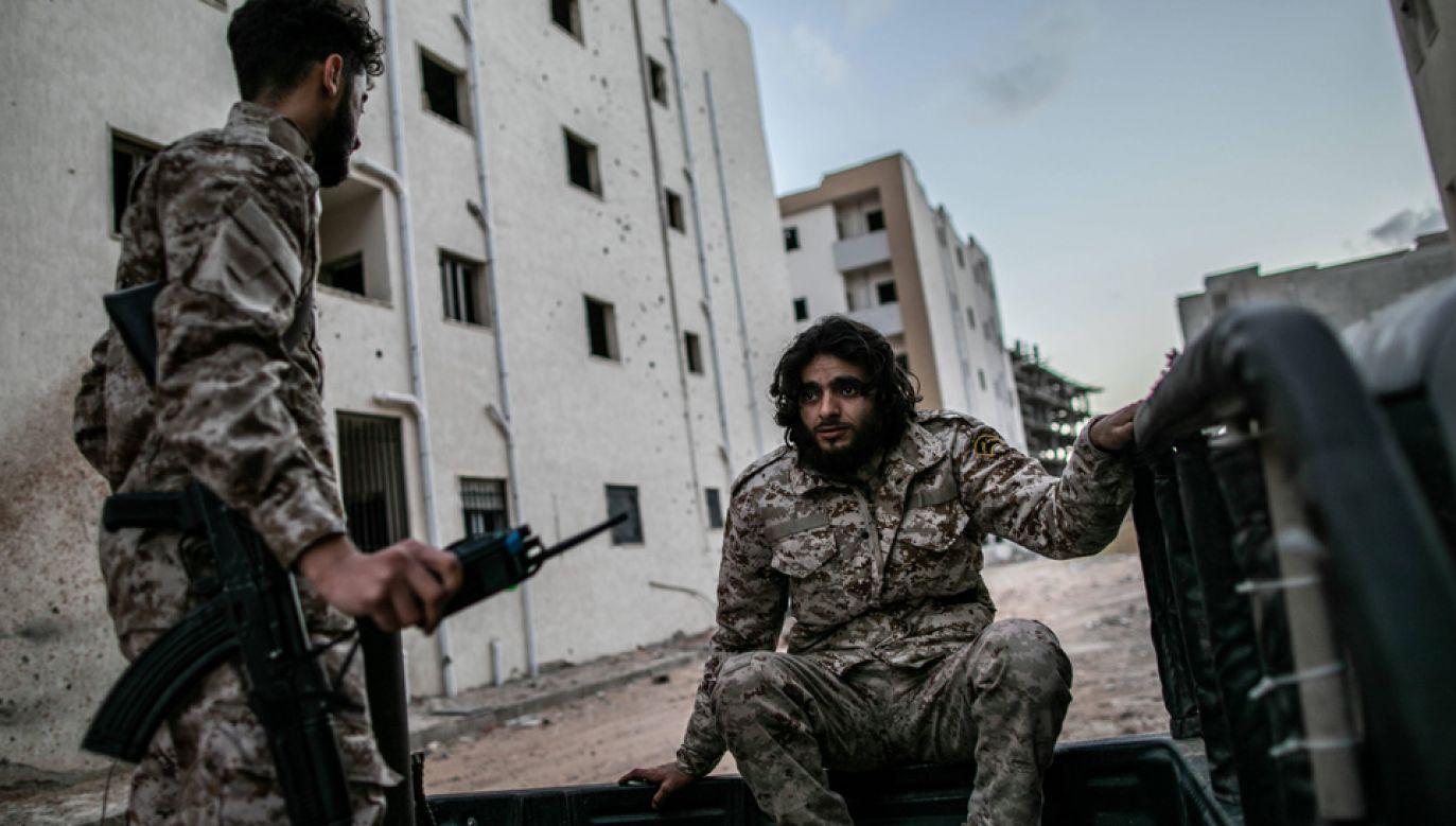 Wojna domowa w Libii toczy się od 2011 roku (fot. arch.PAP/Photoshot/Amru Salahuddien)