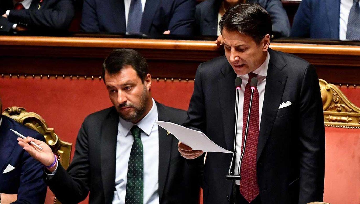 Szef rządu wystąpił w Senacie w trzynastym dniu kryzysu koalicyjnego, wywołanego przez Salviniego (fot. PAP/EPA/ETTORE FERRARI)