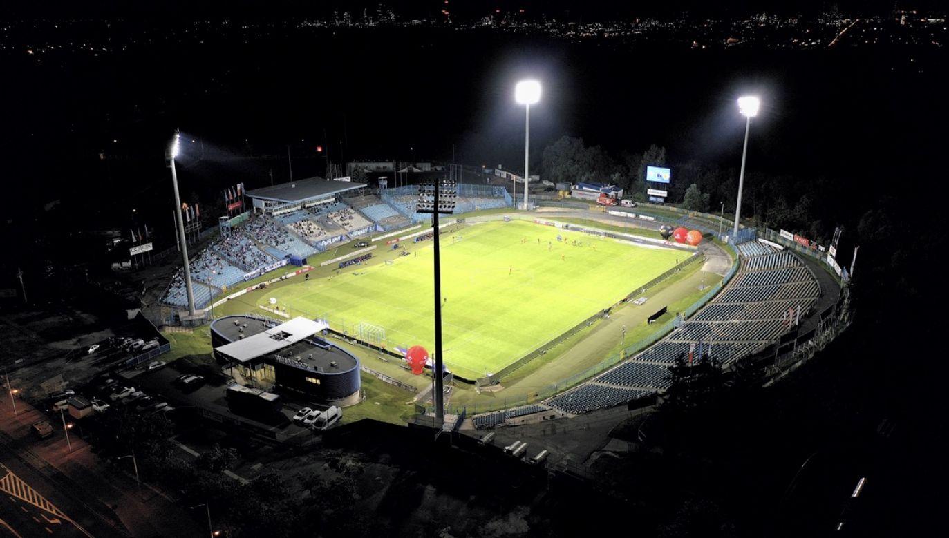 W razie pomyślnych wyników testów, Wisła będzie trenować na swoim stadionie (fot. arch.PAP/Leszek Szymański)