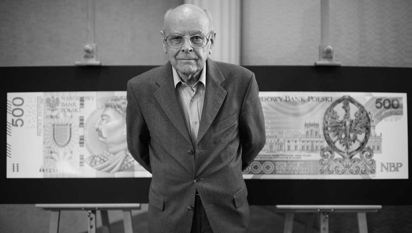 Andrzej Heidrich jest autorem m.in. wprowadzonego w 2017 roku banknotu o nominale 500 zł (fot. arch. PAP/Jacek Turczyk)