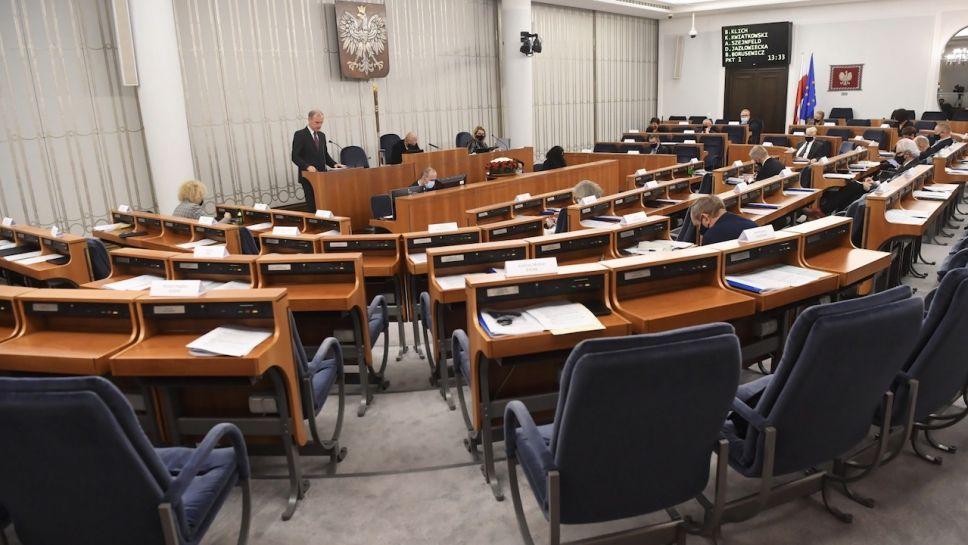Autorami uchwały są senatorowie KO (fot. PAP/Piotr Nowak)