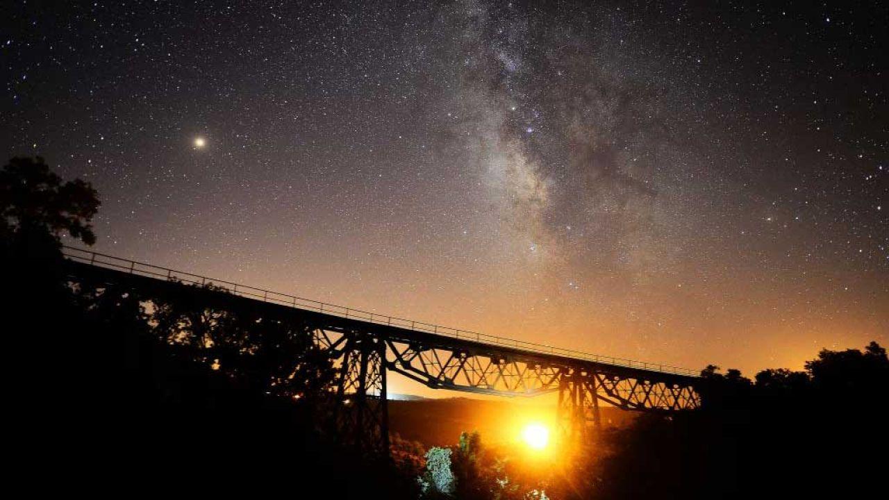 Gdzie szukać Gwiazdy Betlejemskiej? (fot.  Soner Kilinc/Anadolu Agency/Getty Images, zdjęcie ilustracyjne)