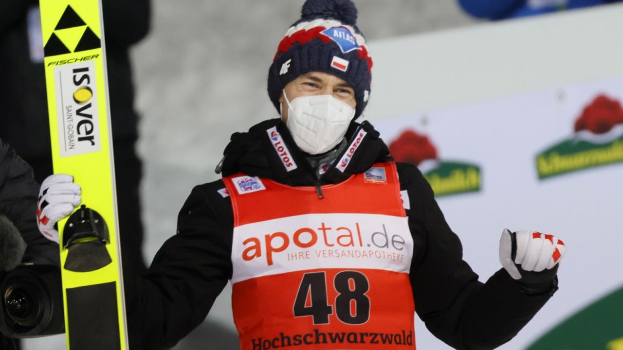 Kamil Stoch zachwalany przez zagraniczne media – skoki narciarskie (sport.tvp.pl)