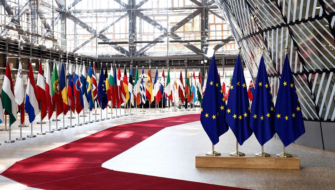 Nowa propozycja budżetu to ok. 5 mld euro mniej we wspólnej kasie (fot. Shutterstock/Alexandros Michailidis)