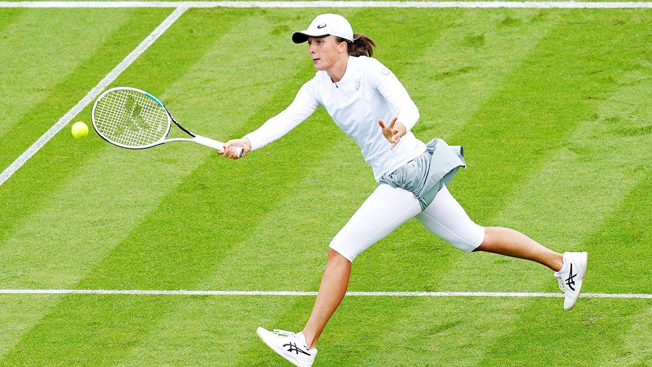 Iga Świątek wystąpi w rozpoczynającym sięw poniedziałek Wimbledonie (fot. Gareth Fuller/PA Images via Getty Images)