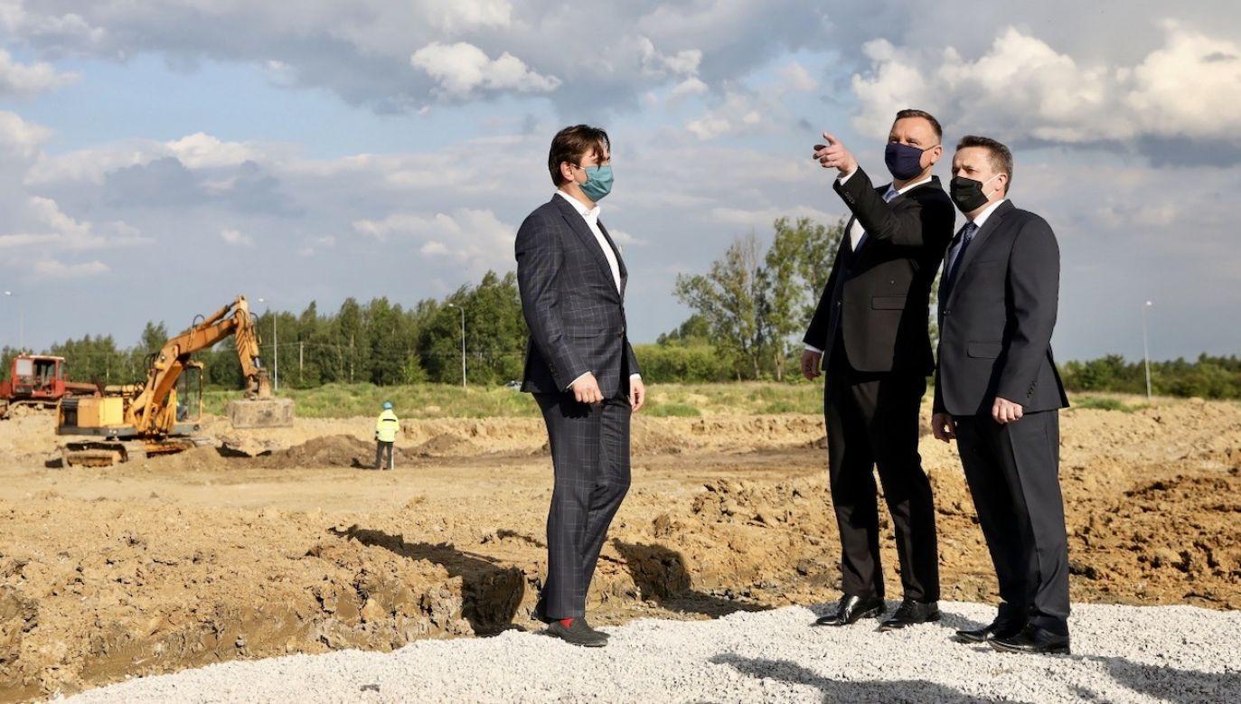 W Staszowie również dzięki wsparciu prezydenta budowane jest centrum badawczo-rozwojowe (fot. PAP/KPRP/Jakub Szymczuk)