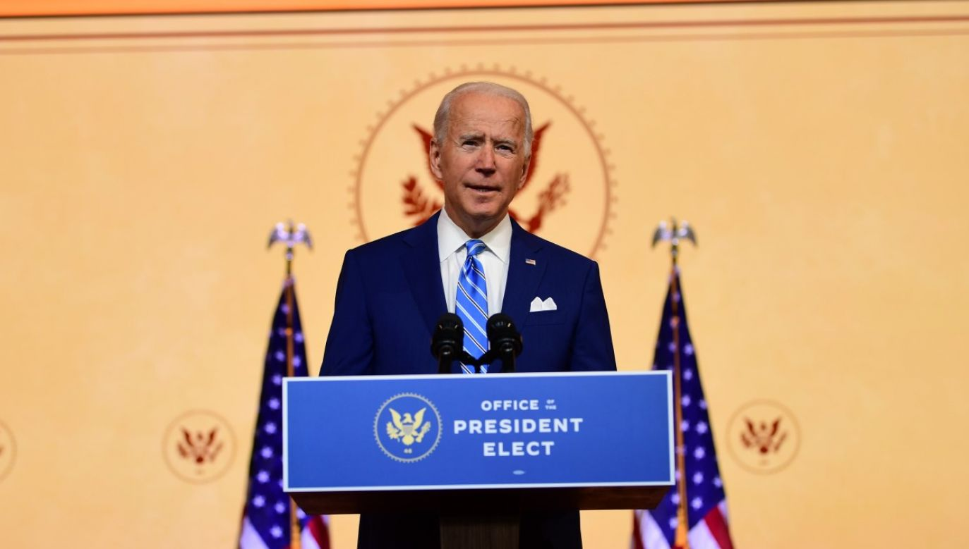 Prezydent-elekt Joe Biden skręcił kostkę i jest pod opieką ortopedy (fot. Mark Makela/Getty Images)