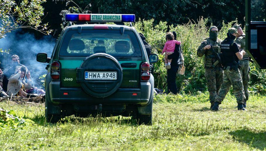 Polska wzmacnia ochronę na granicy (fot. Michal Kosc/Forum)