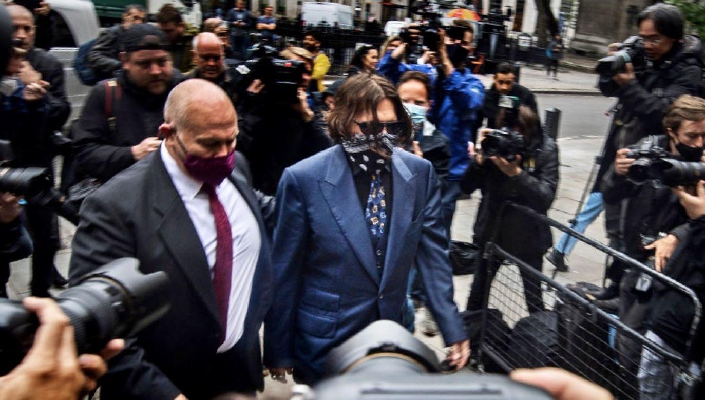 Amber Heard zeznała, że aktor ją bił przez trzy dni (fot. Victoria Jones/PA Images via Getty Images)