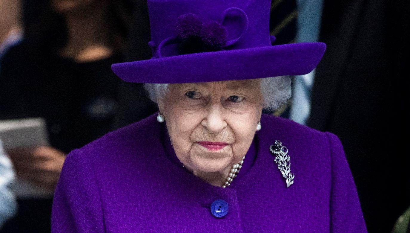 Do tej pory monarchini wygłosiła tylko trzy takie orędzia (fot. PAP/EPA/FACUNDO ARRIZABALAGA)