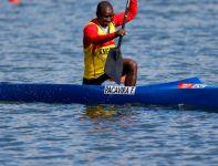 Ambitny reprezentant Angoli w rywalizacji C1 na 1000 metrów (fot. Getty Images)