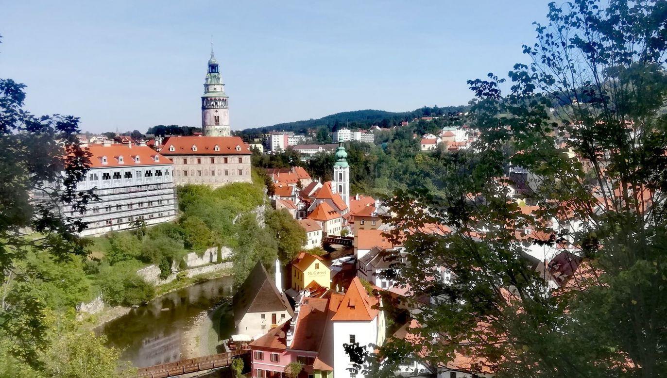 Czeski Krumlov w przewodnikach nazywany jest perłą południowych Czech i jest zaliczany do jednych z najpiękniejszych średniowiecznych miasteczek w Europie (fot. Agnieszka Wasztyl)