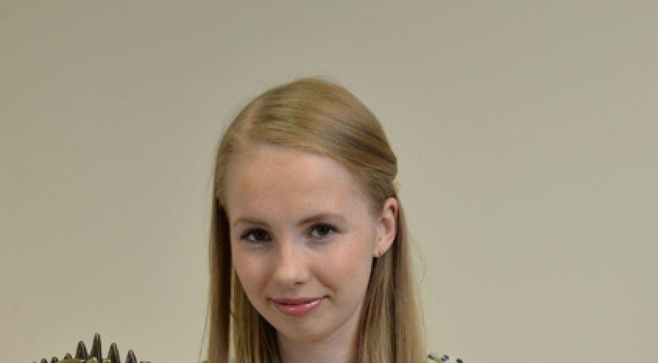 Zadaniem konkursowym było zaśpiewanie jednej z piosenek Maryli Rodowicz  (fot. Jan Bogacz/TVP)