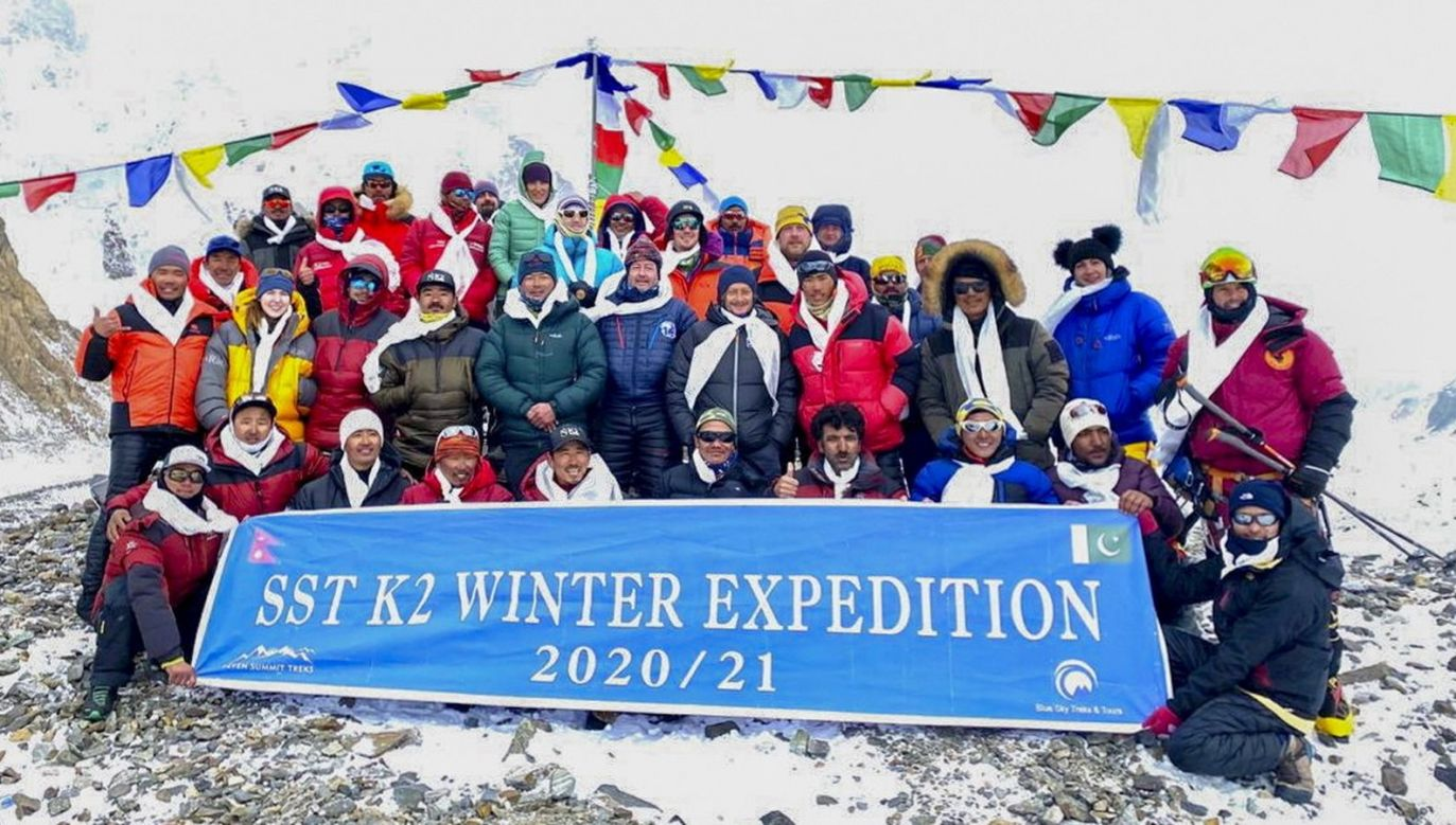 W sobotę po raz pierwszy K2 zostało zdobyte zimą (fot. PAP)
