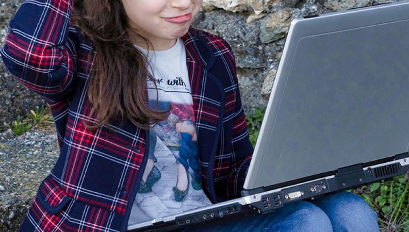 Projekt przepisów ma skuteczniej chronić dzieci przed pornografią (fot. Pixabay/nicolagiordano)