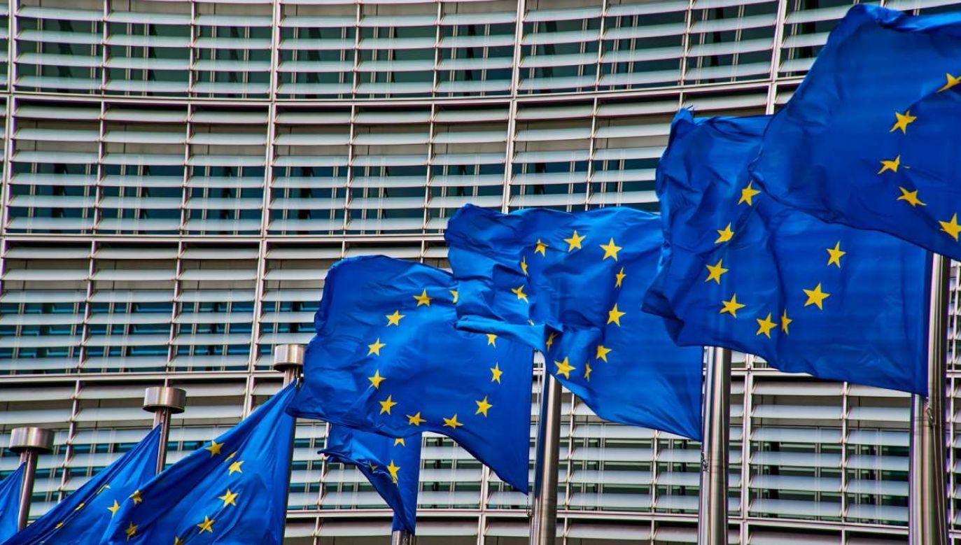 Komisja Europejska ciągle nie zatwierdziła polskiego KPO (fot. Pixabay/NakNakNak)